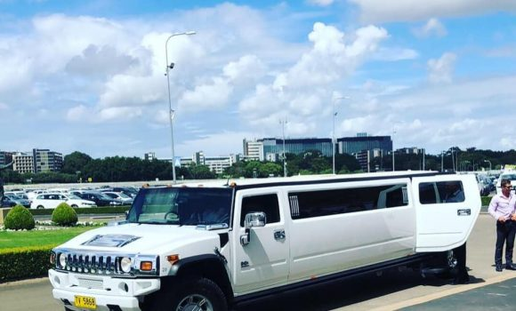 Airport & Cruise Terminal Transfers - H2 Hunter Hummers